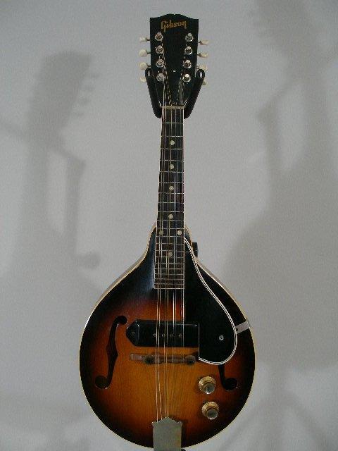 1022: Gibson EM-150 Mandolin, 1960s,