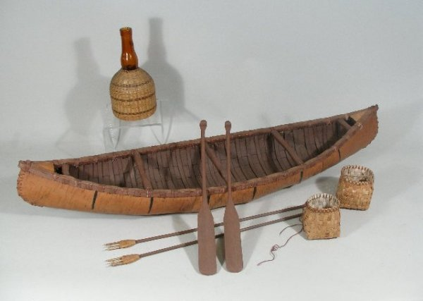 15: Eastern Woodland Model Canoe, Wisconsin,
