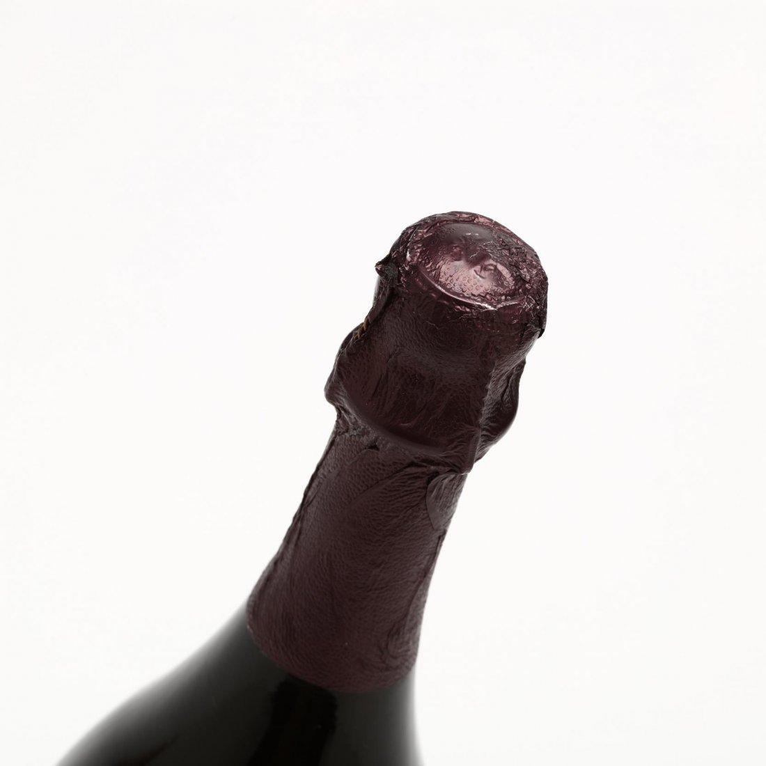 Moet & Chandon Champagne - Vintage 2002 - 3