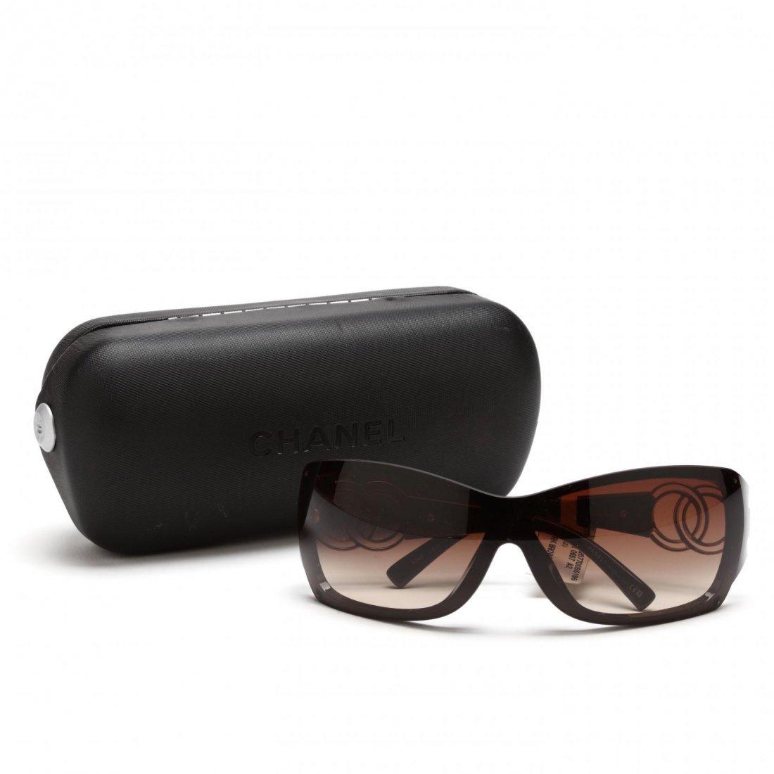 Logo Sunglasses, Chanel - 4