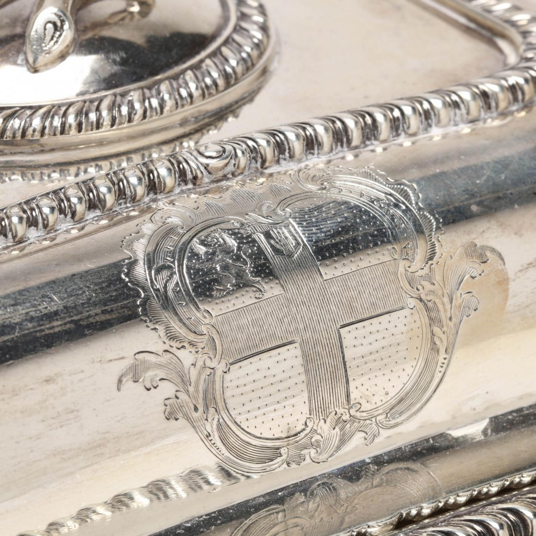 George III Silver Entree Dish with Cover, Paul Storr - 2