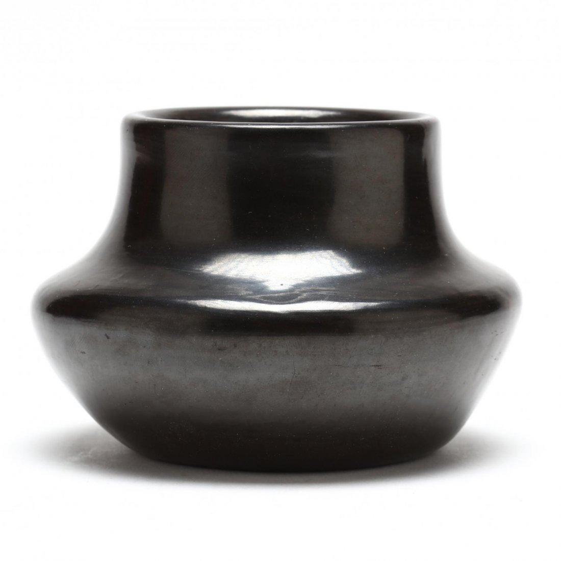 San Ildefonso Blackware Pot by Carlos Sunrise Dunlap