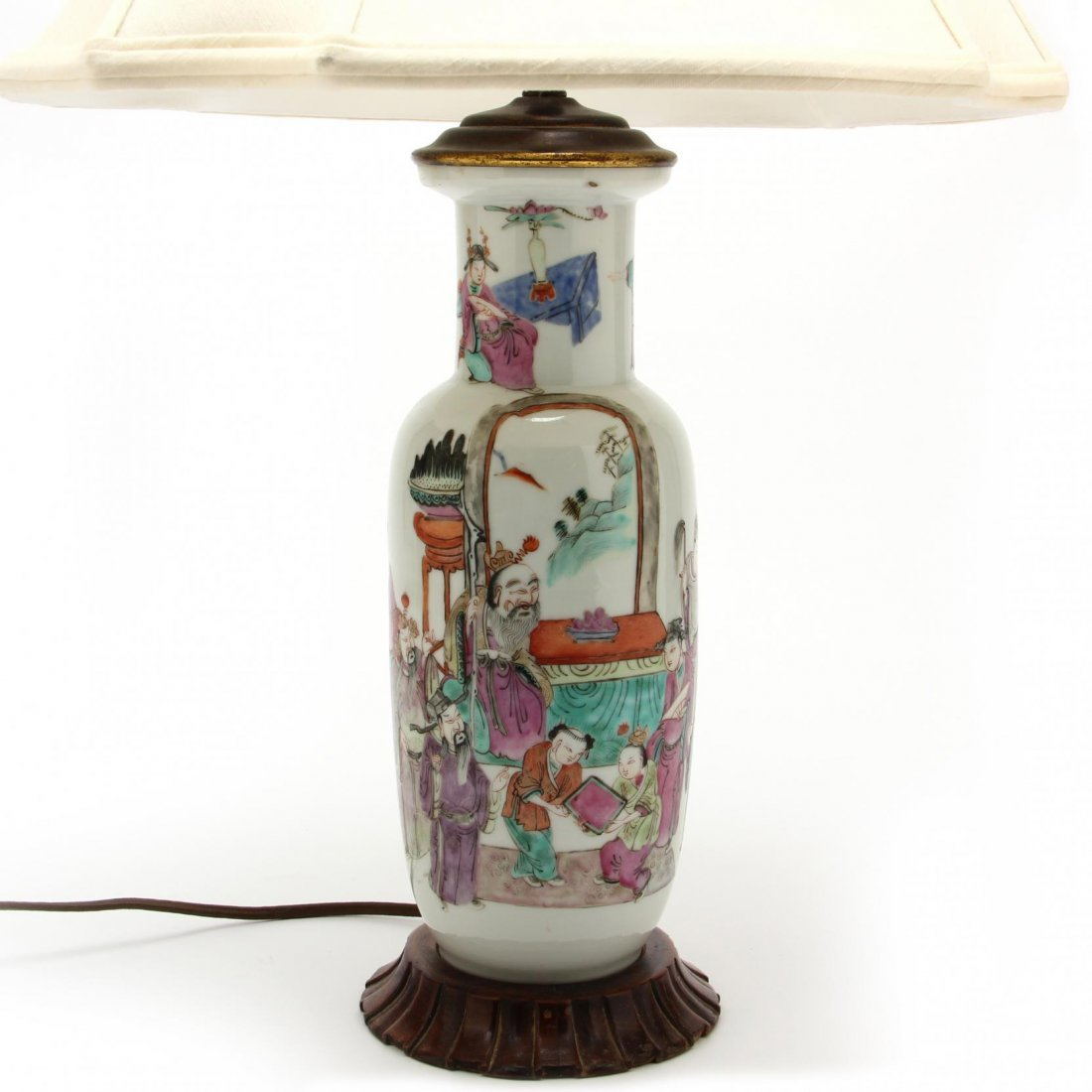 Pair of Chinese Export Porcelain Lamps - 3