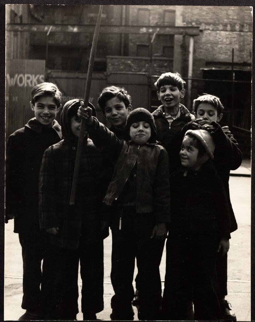 "FAMED SAM MAHL PHOTO "" NEW YORK CHILDREN"" CIRCA 1948"