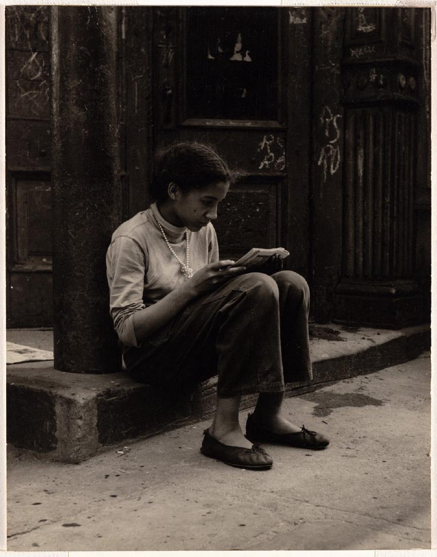 "FAMED SAM MAHL PHOTO"" GIRL READING ON STEP\"" CIRCA 1950"