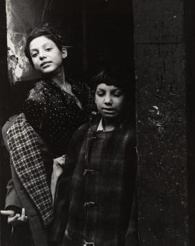 "FAMED SAM MAHL PHOTO \""GYPSY CHILDREN"""" CIRCA 1949"""