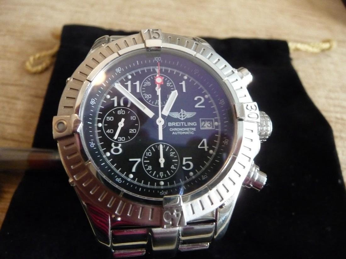 BREITLING CHRONOGRAPH AVENGER AUTOMATIC WATCH/BOX