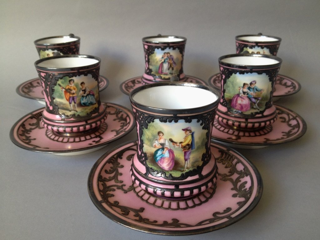SET OF 6 SEVRES STYLE CUP AND SAUCERS