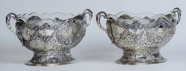 PAIR OF CONTINENTAL 800 SILVER ETCHED GLASS CENTERPIECE