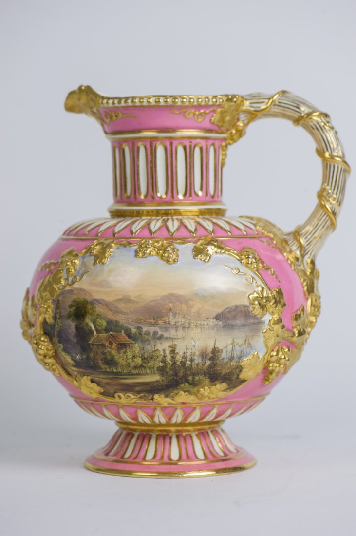 19TH CENTURY ENGLISH PORCELAIN EWER