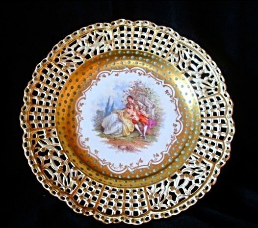 19TH CENTURY RETICULATED JEWELED DRESDEN PLATE