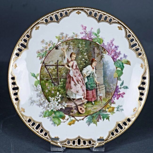 ENGLISH PORCELAIN PLATE, RETAILED BY TIFFANY & CO