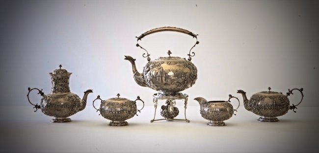 A CONTINENTAL SILVER TEA SET