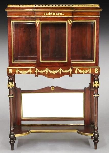 19TH CENTURY ORMOLU MOUNTED VITRINE