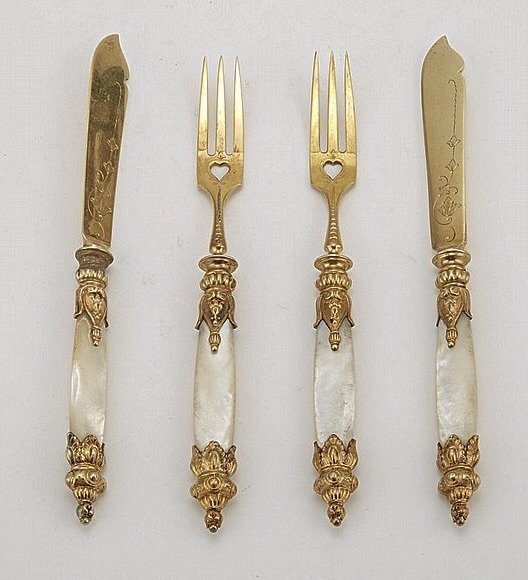 SET OF 6 CONTINENTAL SILVER GILT MOTHER OF PEARL