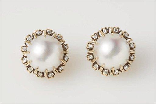 Tiffany 18k Gold Mabe Pearl Diamond Earrings
