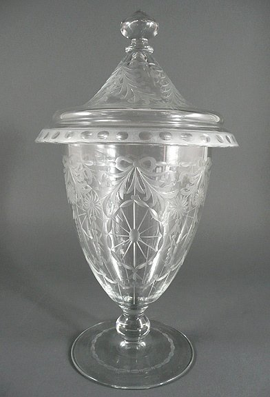 "15: Art Deco 1920 SINCLAIRE Intaglio Cut Glass 13"" Urn"