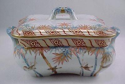 """14: SeiJiKaiSha Fukagawa 1870's Imari 11"""" Covered Bowl"""