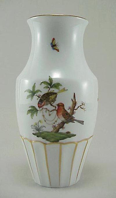 385: Herend Rothchild Butterfly & Bird Porcelain Vase