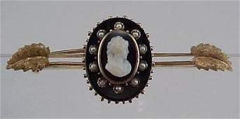 805 Victorian Onyx Hard Stone Cameo 14K Gold Brooch