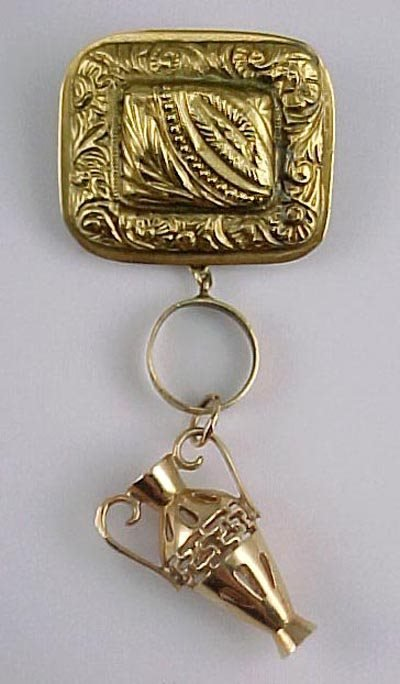 812: Repousse Pendant Charm Brooch 18K Yellow Gold