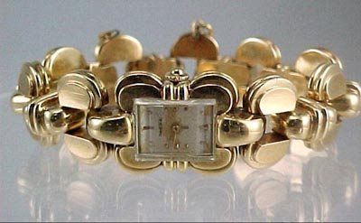 814: Retro Ladies Omega Solid 14K Gold Wrist 65 grams