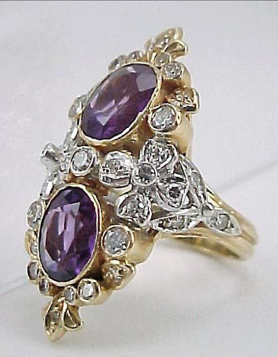 817: Amethyst & Diamond 14K Gold 1940s Ladies Ring