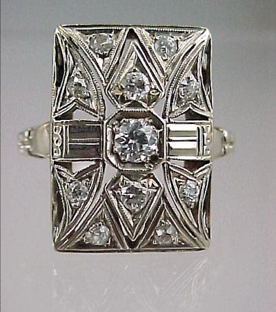 822: Art Deco 14K White Gold Ladies Diamond Ring