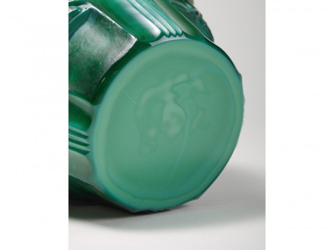75: Malachite Glass Schlevogt Draped Nude Ingrid Vase - 5