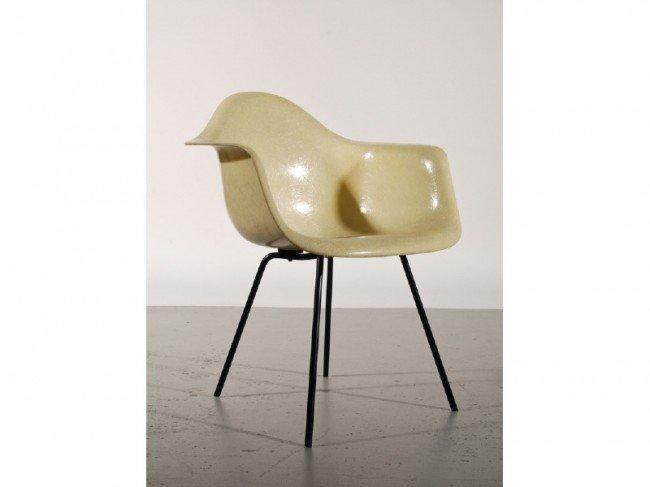 187B: Early Eames Rope Edge DAX Fiberglass Shell Chair
