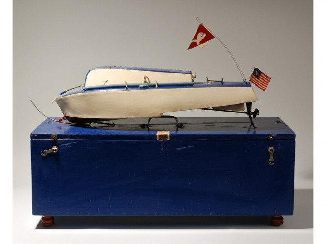 """196:Modernistic 1950 Engine Powered Toy 26""""  Motor Boat"""