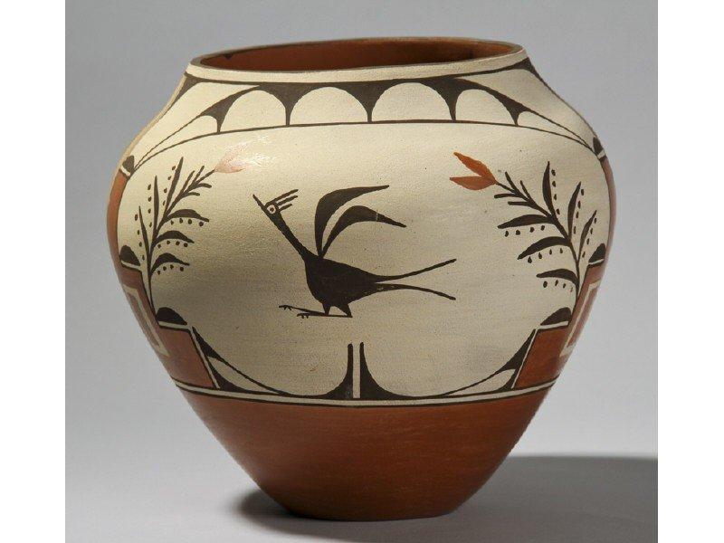 "72: Helen Gachupin Acoma Native Indian Pottery 10"" Jar"