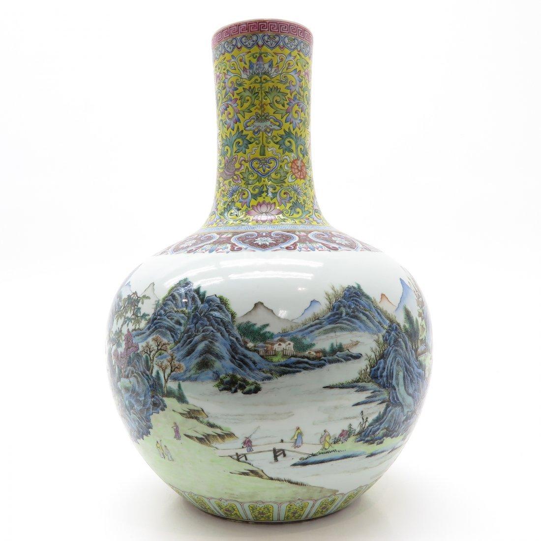 Beautiful Polychrome Decor China Porcelain Vase