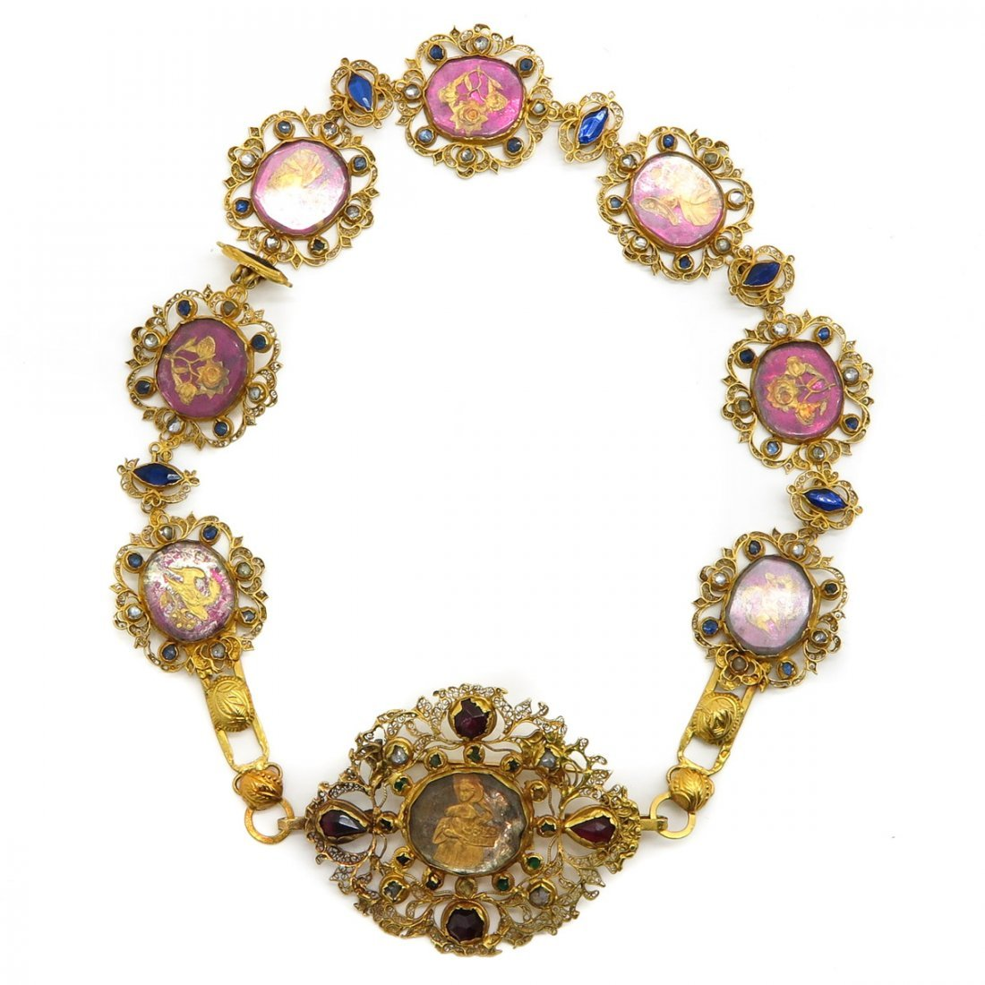 18KG Medallion Necklace with Removal Brooch