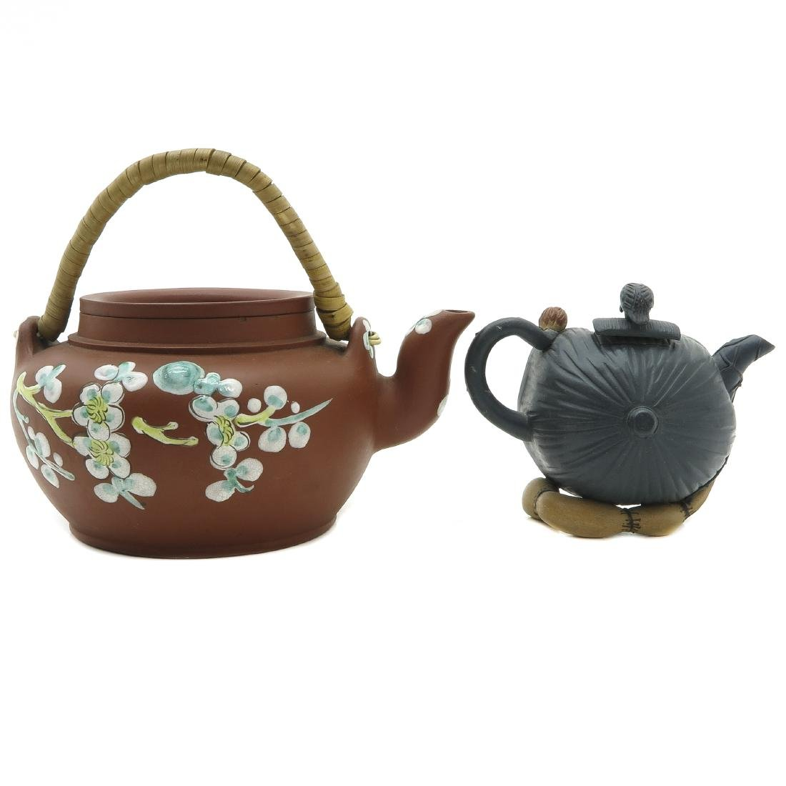 Lot of 2 Yixing Teapots - 3