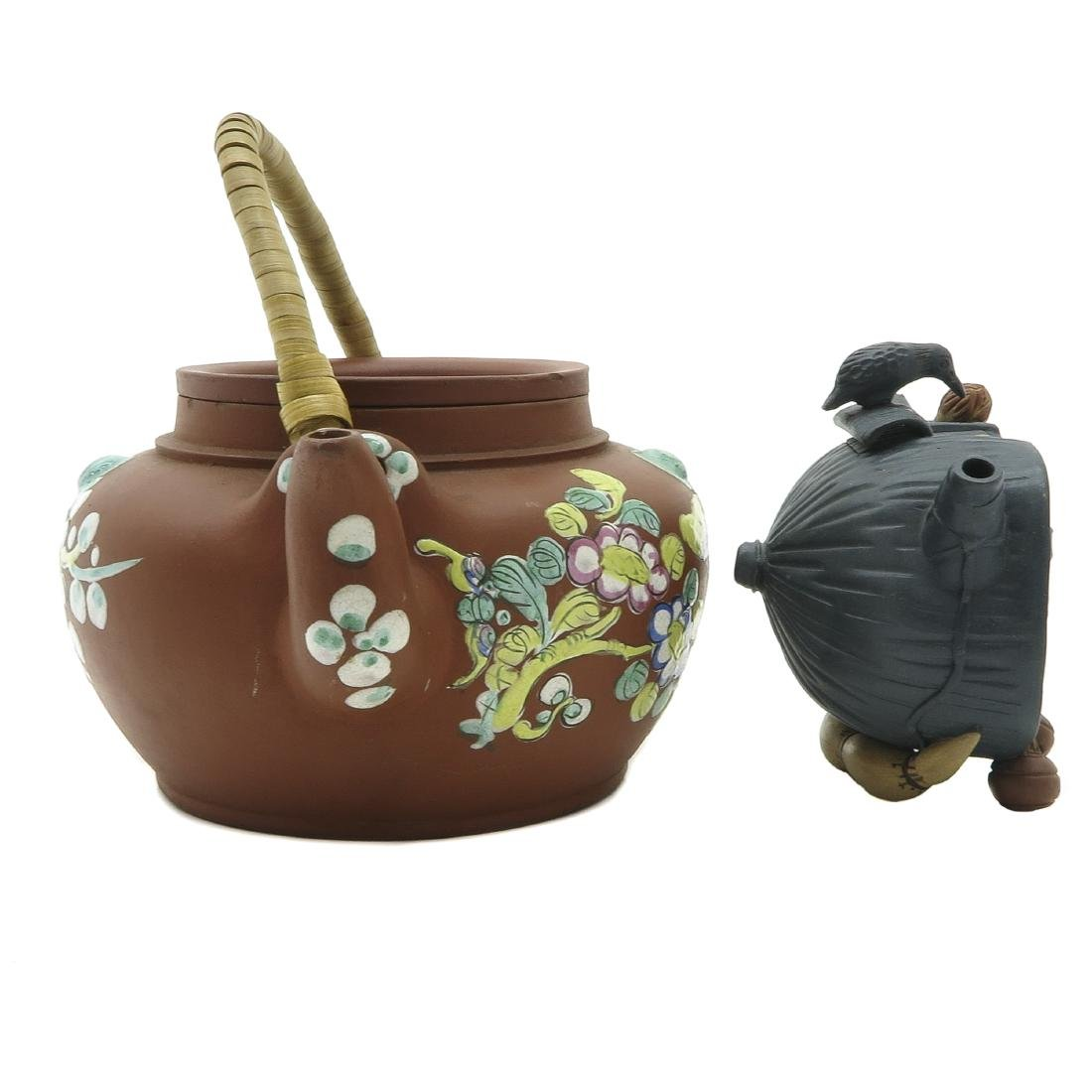 Lot of 2 Yixing Teapots - 4