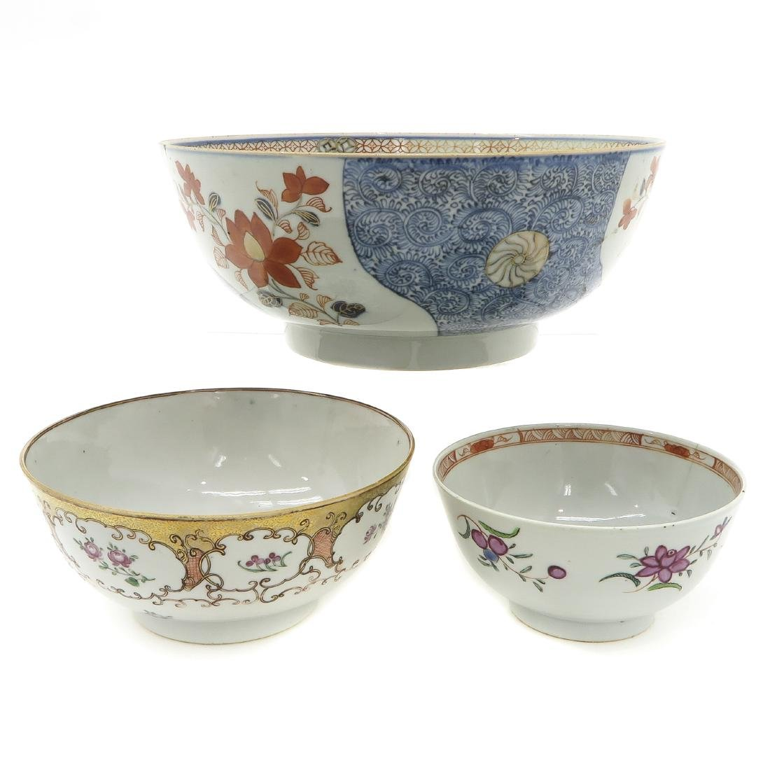 Lot of 3 Bowls - 3