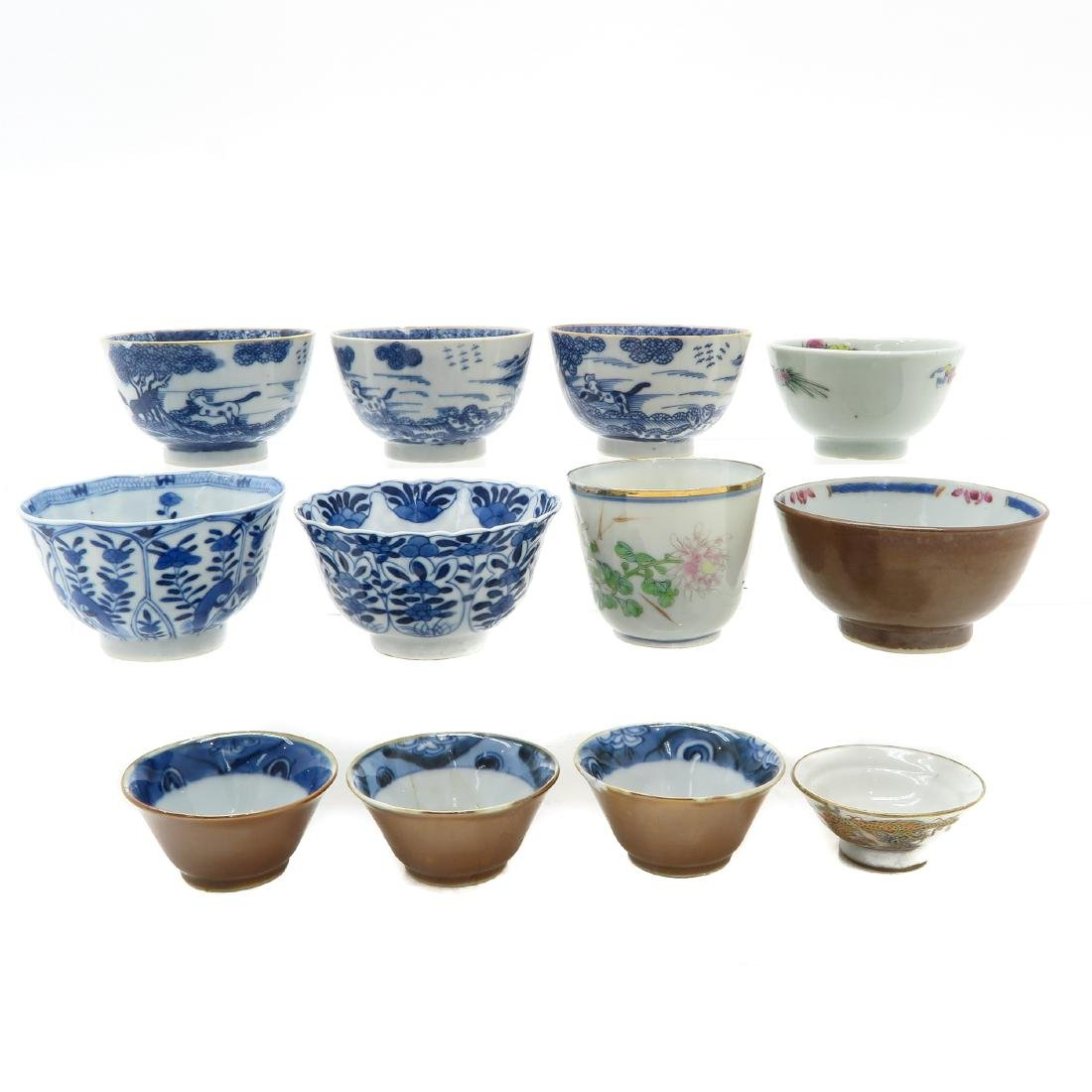 Diverse Lot of 12 Cups - 3