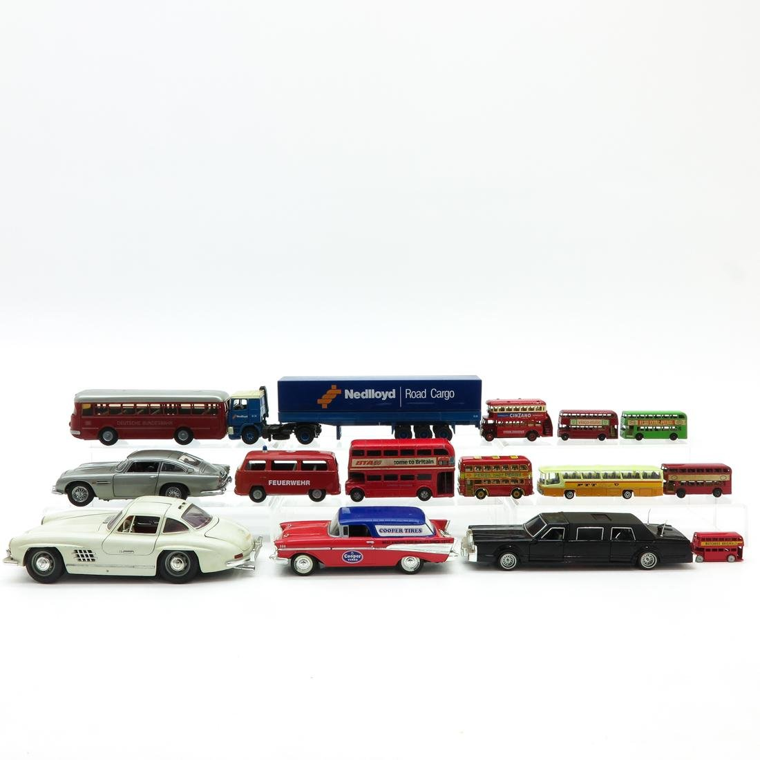 Lot of 15 Vintage Toy Cars