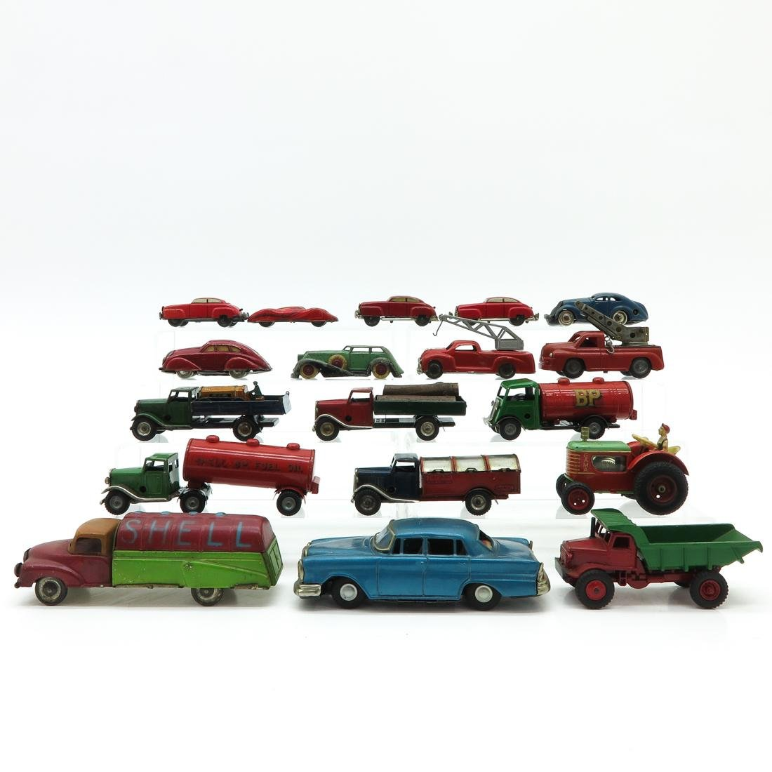 Lot of 18 Vintage Toy Cars