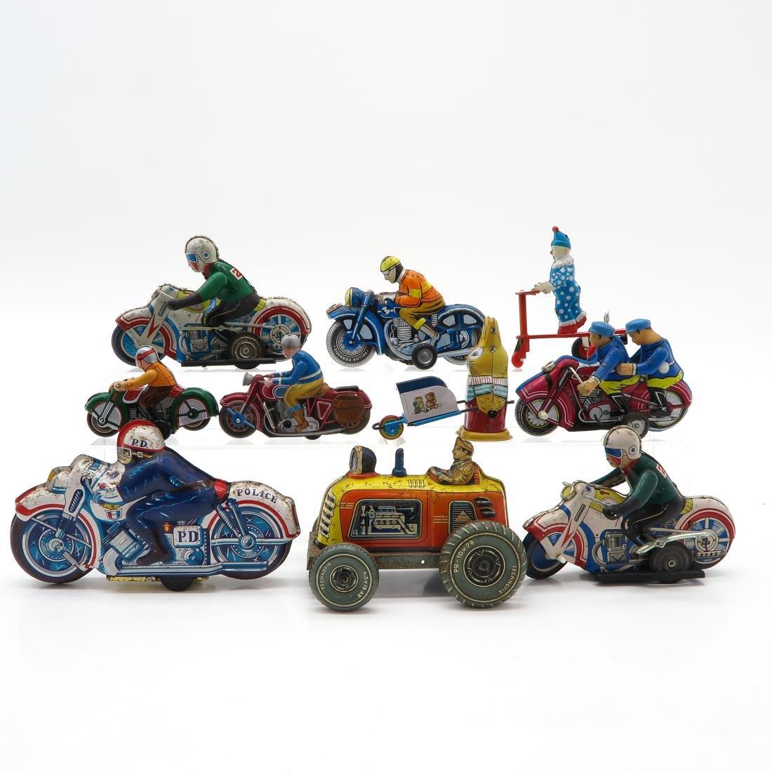 Lot of 10 Vintage Tin Toys