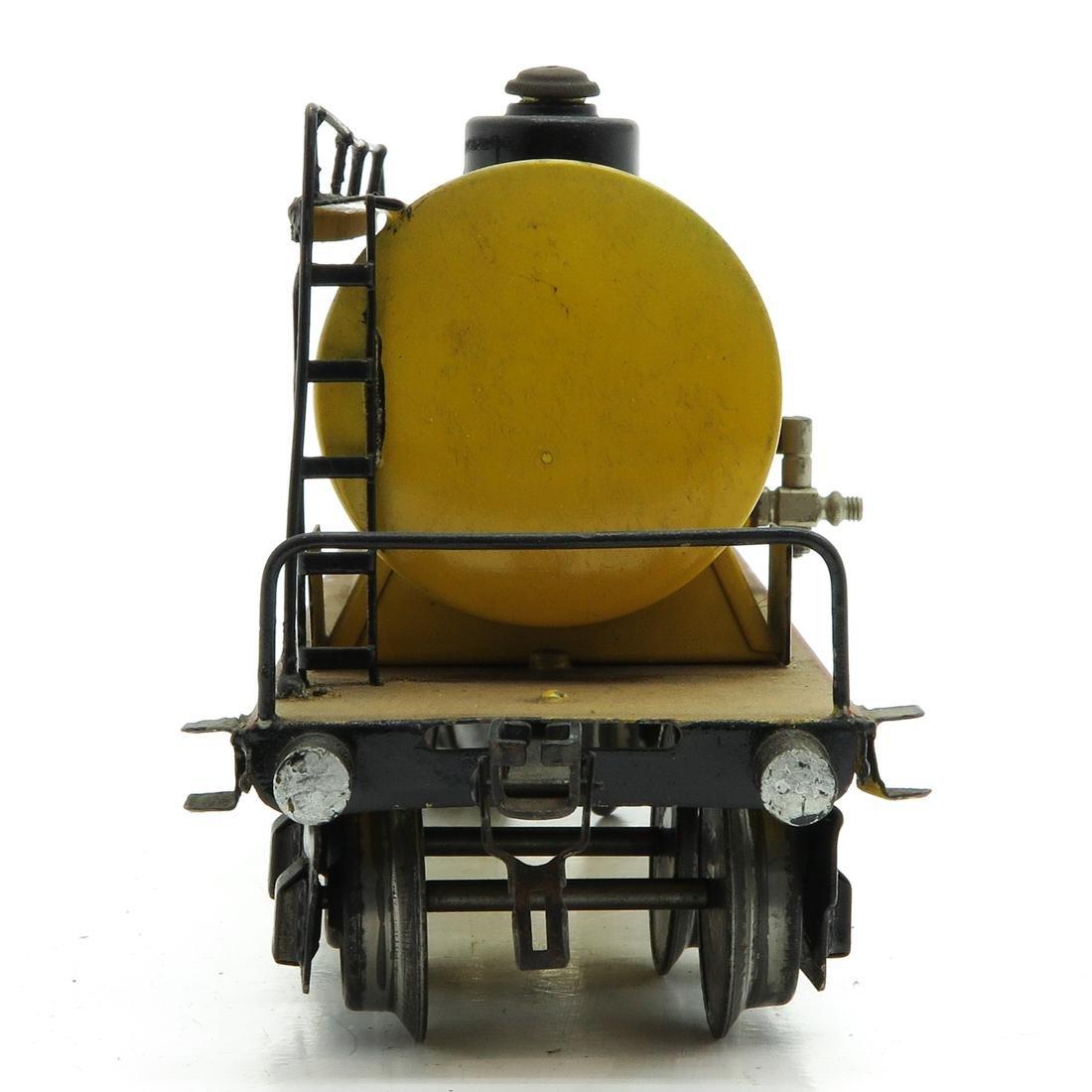 Vintage Marklin Shell Tanker - 4