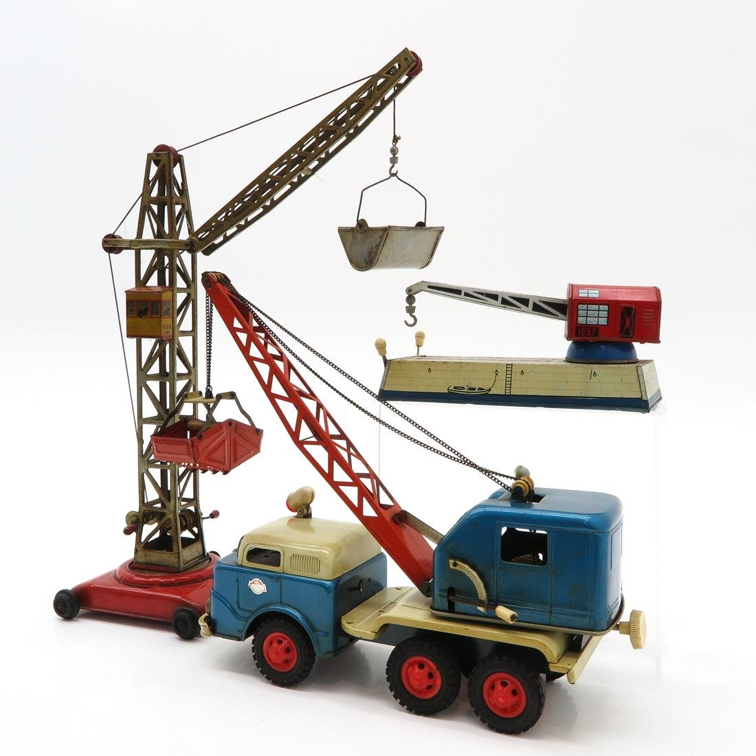 Diverse Lot of Vintage Construction Toys - 3