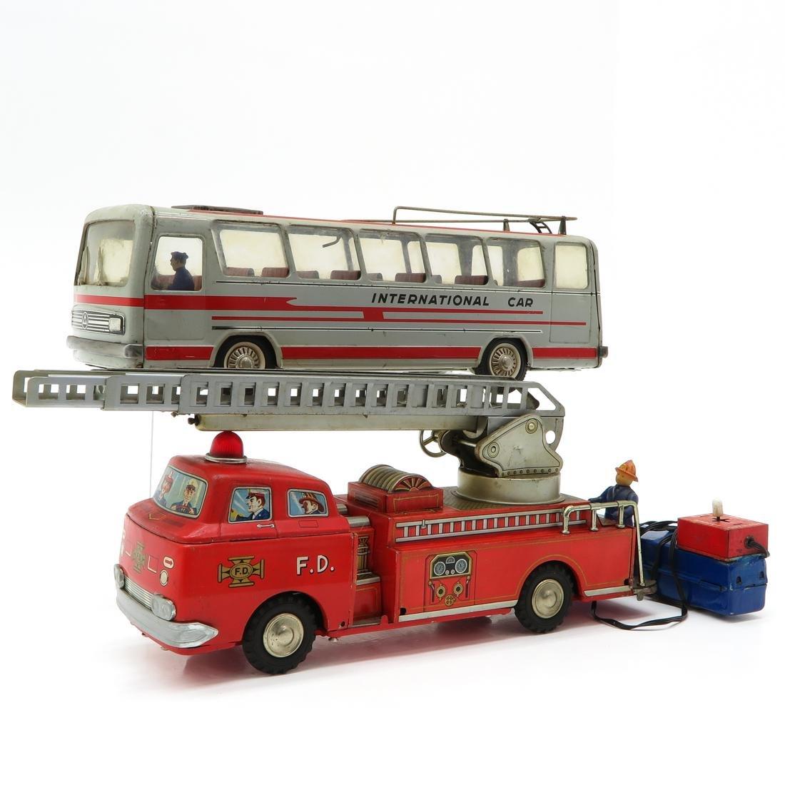 Lot of 2 Vintage Toys - 2