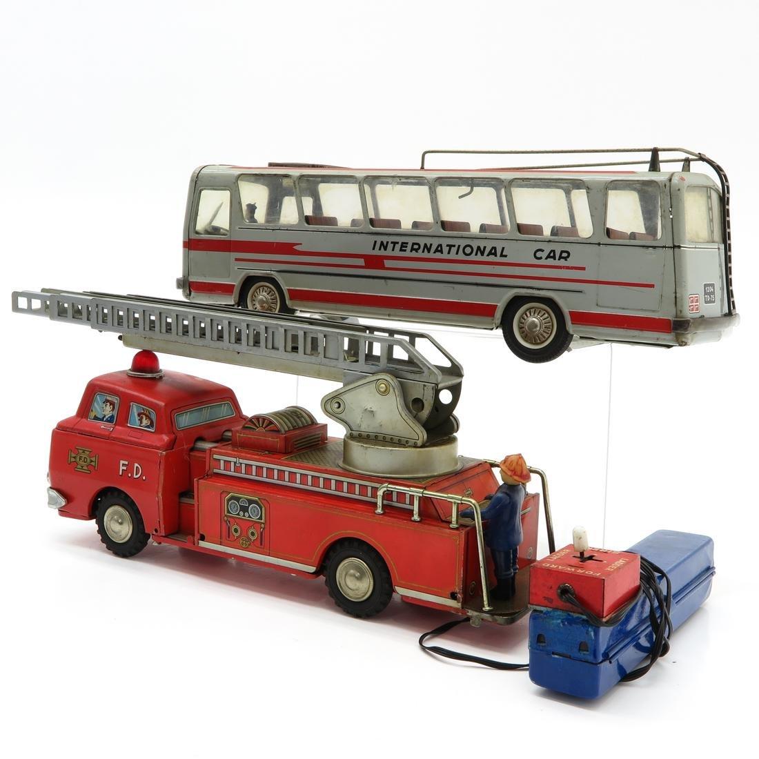 Lot of 2 Vintage Toys - 3