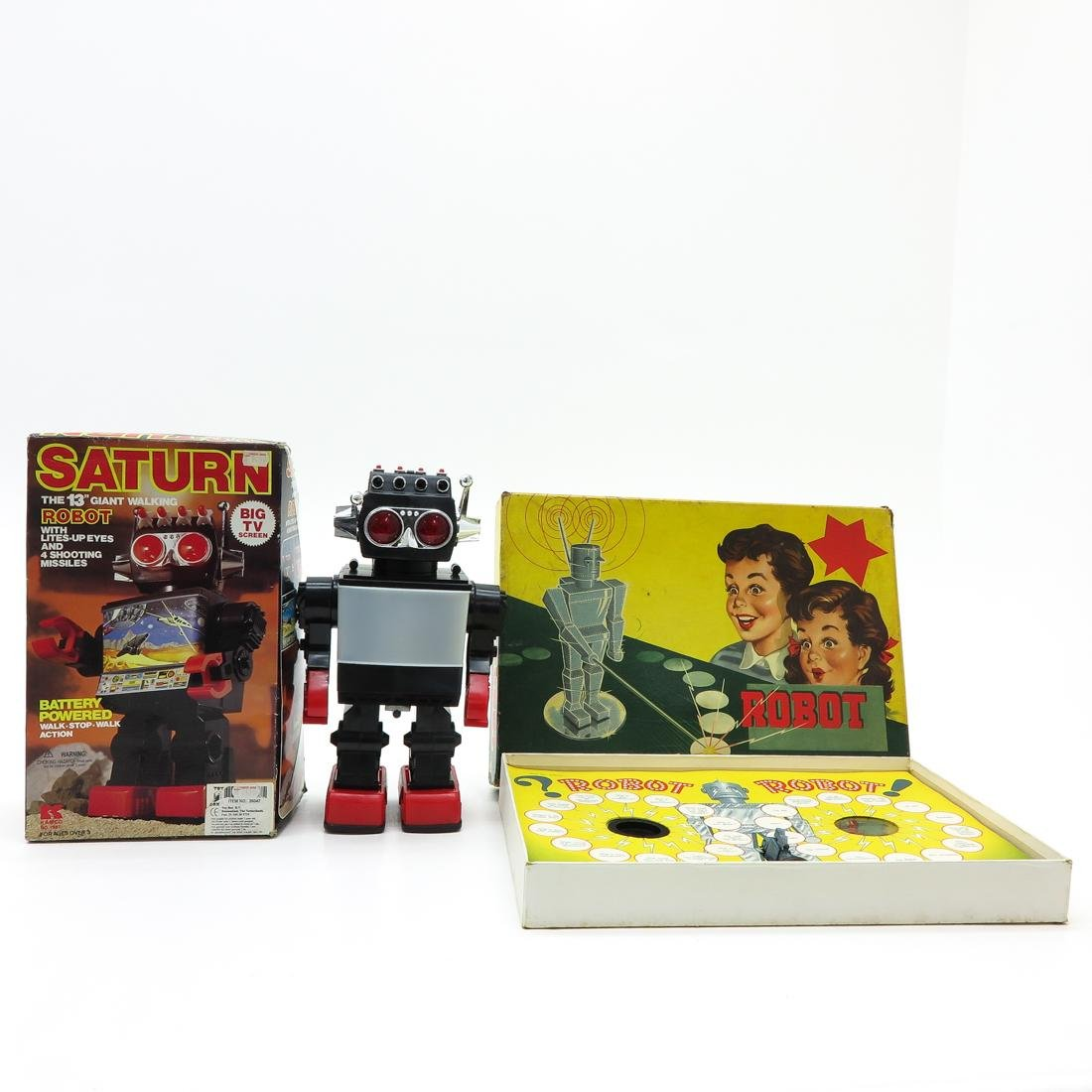 Saturn Giant Walking Robot and Robot Board Game