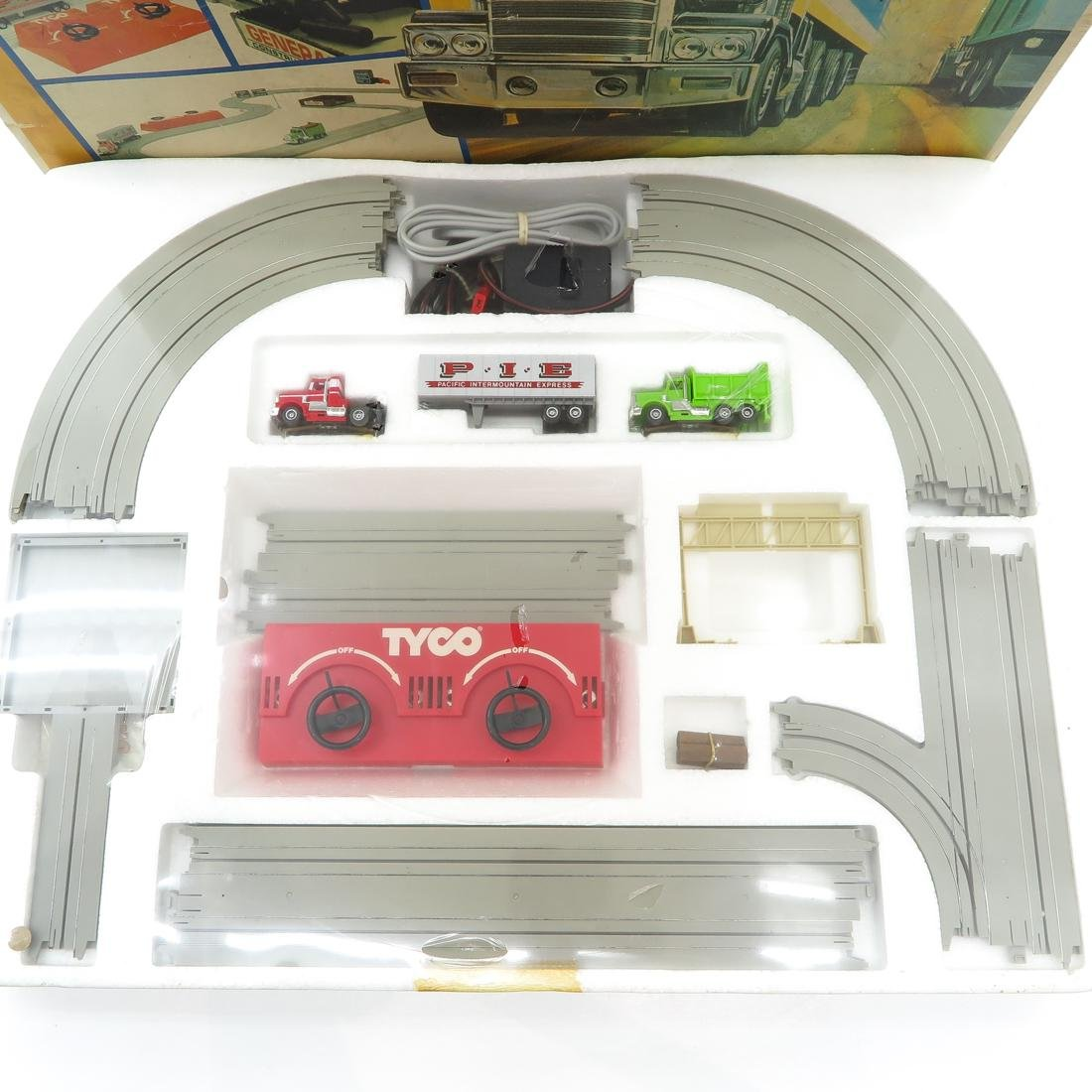 Vintage US 1 Electric Trucking Set by Tyco - 2