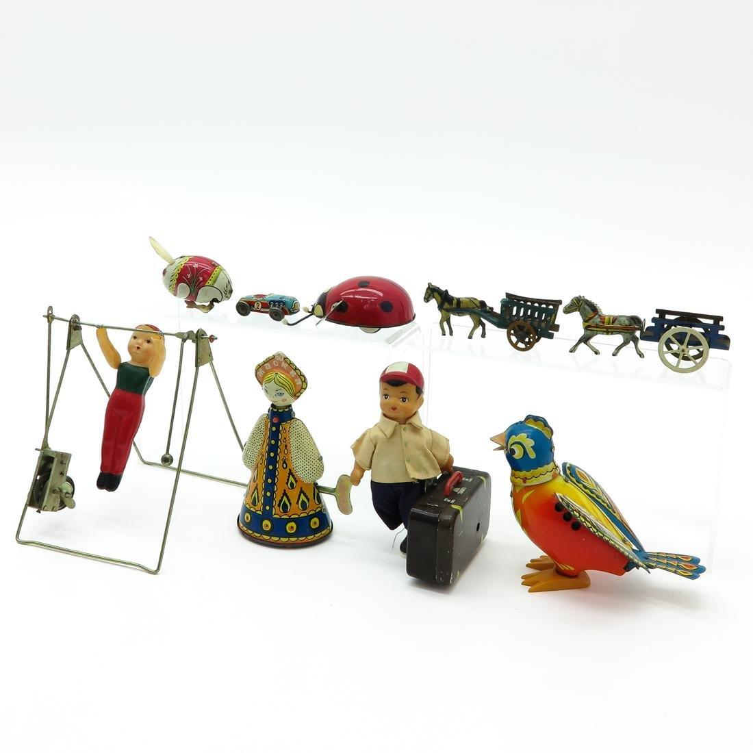 Lot of 9 Vintage Toys - 3