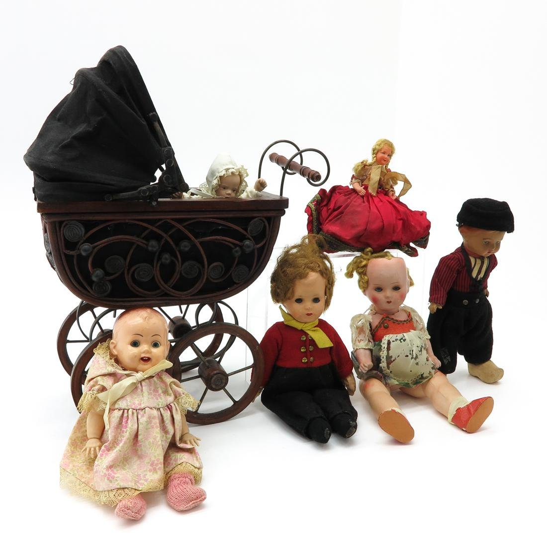 Diverse Lot of Vintage Dolls and Carriage - 2