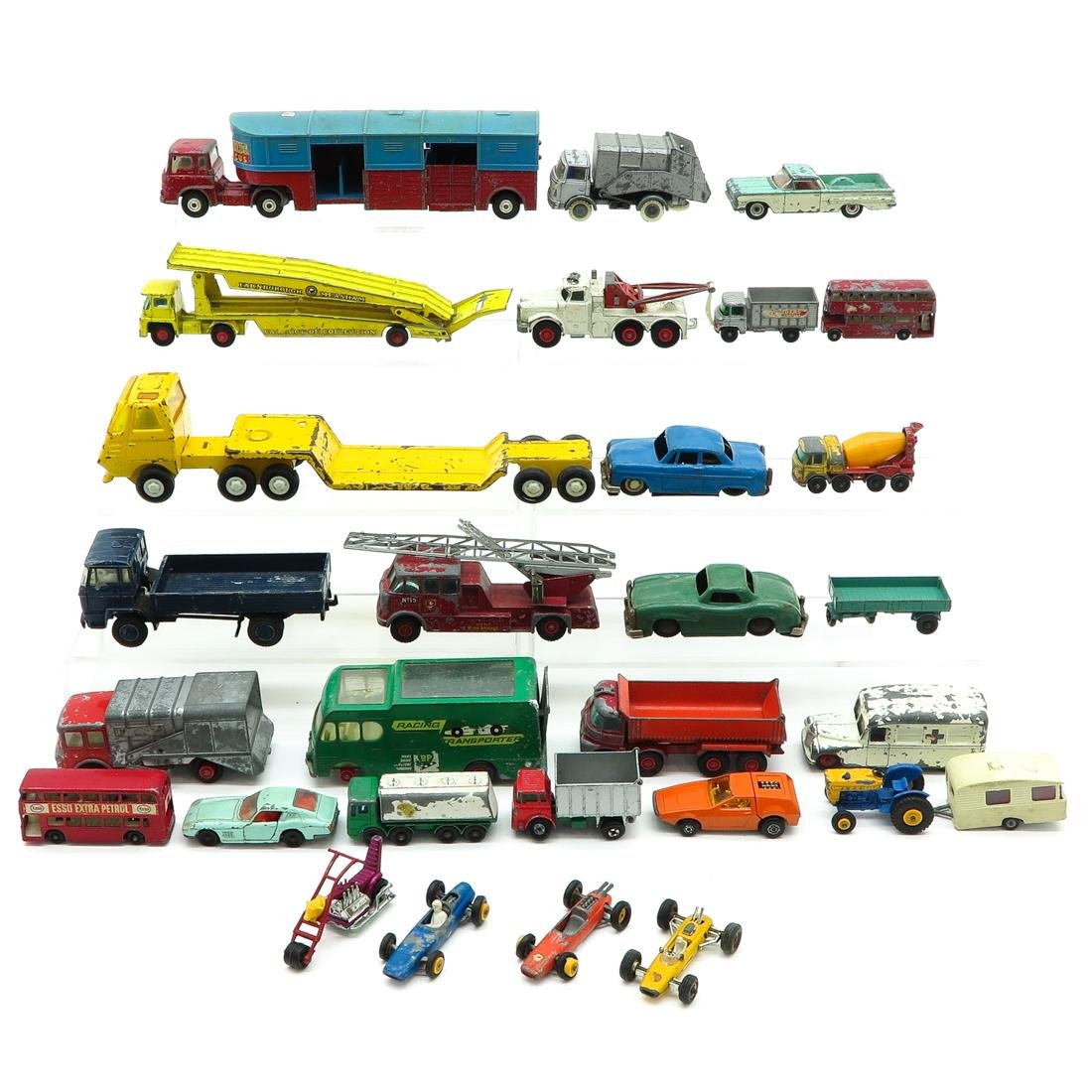 Diverse Lot of Vintage Toy Cars